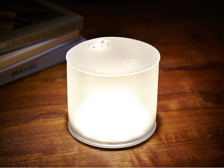 Luci Lux: Solar Inflatable Lantern