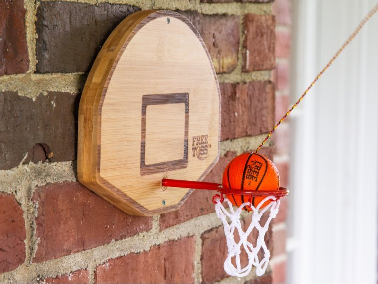 Free Toss - Basketball Edition by Tiki Toss - 1