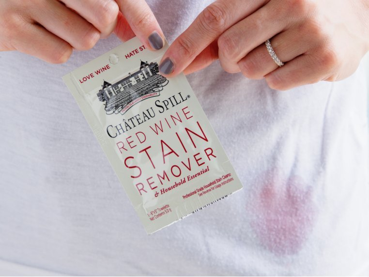 Red Wine Stain Remover Towelettes by The Hate Stains Co. - 1