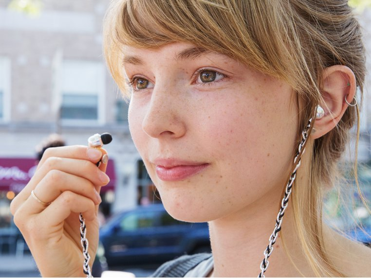 Loopit Tangle-Free Earbud Necklace by re.design - 1