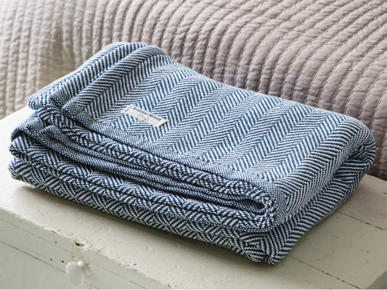 Cotton Blanket with Herringbone by Brahms Mount - 2