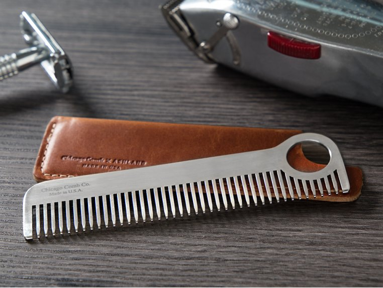 Comb Model No. 1 & Sheath by Chicago Comb Co. - 1