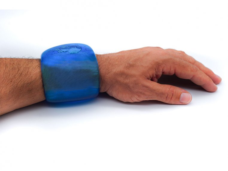 Small Wrap-Around Reusable Cold Pack - Wrist