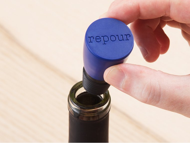 Wine Saver Stopper by Repour - 1