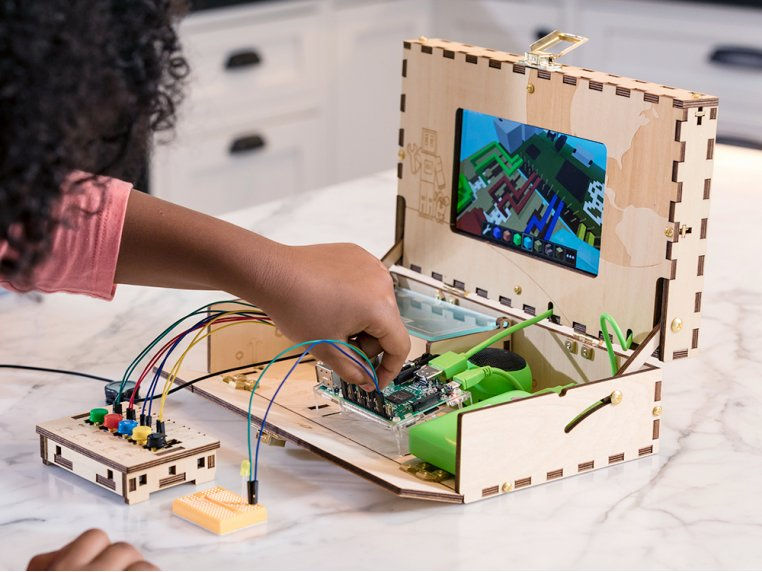 Kids' Educational DIY Computer Kit by Piper - 1
