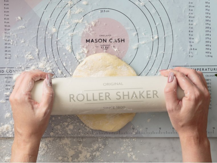 Innovative Baking Tool Kit by Mason Cash - 2