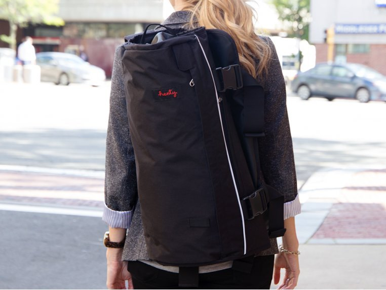 Roll-Up Suit & Garment Backpack by Henty - 1