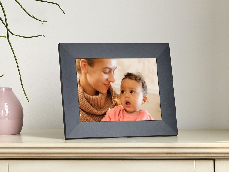 Sawyer Smart Connected Picture Frame by Aura - 6