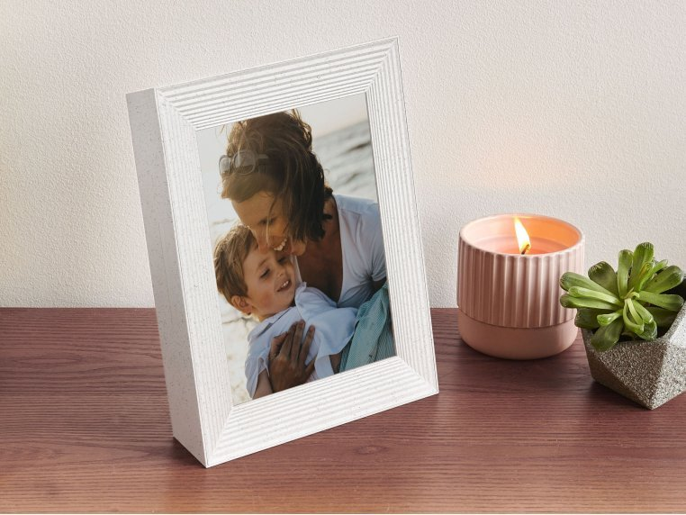 Mason Smart Connected Picture Frame by Aura - 2