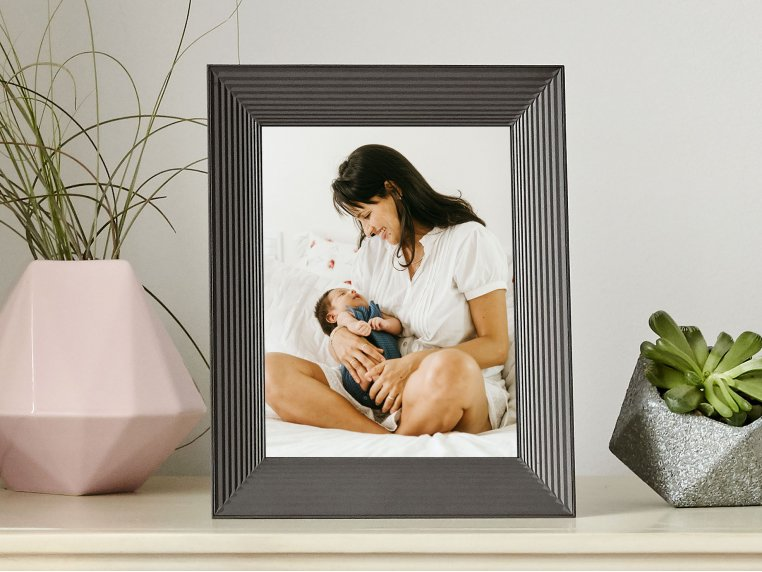Mason Smart Connected Picture Frame by Aura - 1
