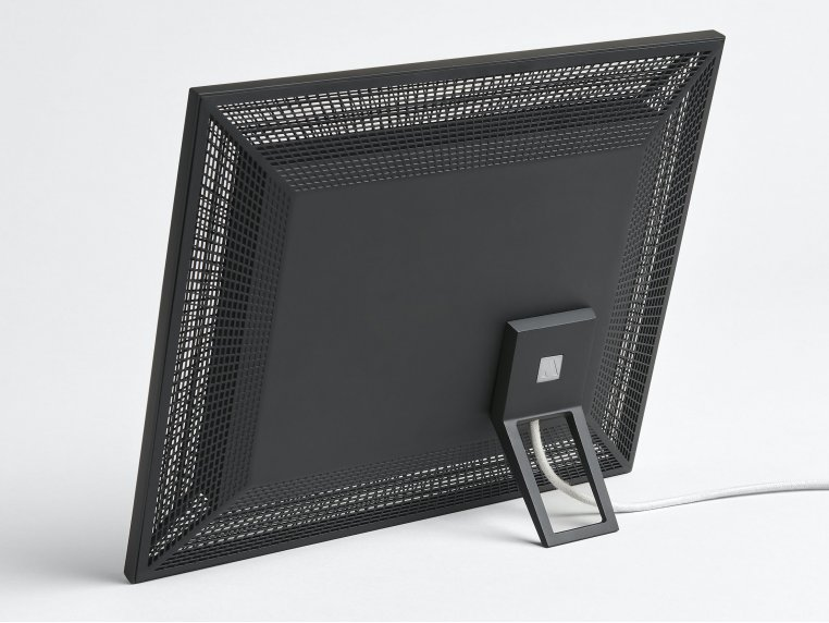 Smith Smart Connected Picture Frame by Aura - 6