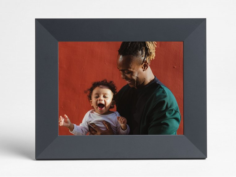 Sawyer Smart Connected Picture Frame by Aura - 11