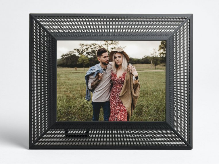 Smith Smart Connected Picture Frame by Aura - 10