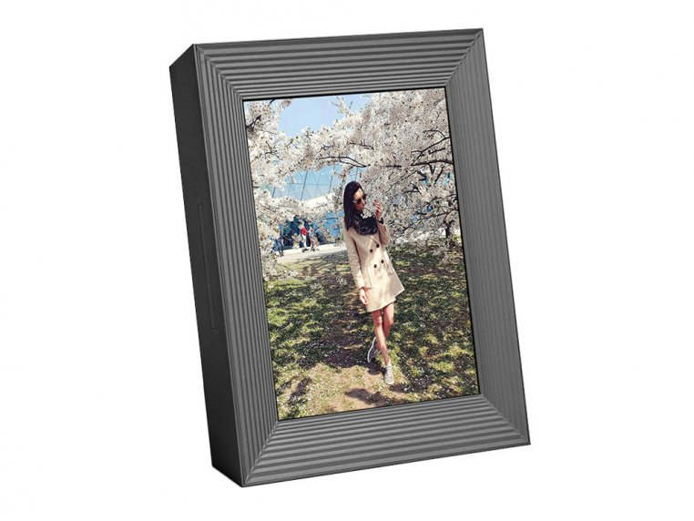 Basic Smart Connected Picture Frame by Aura - 7
