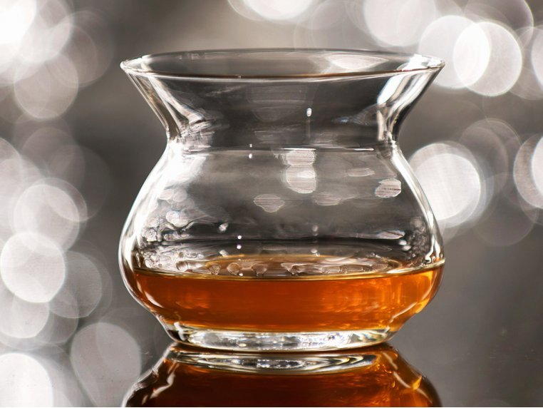 Aroma-Enhancing Spirits Glass by The Artisan NEAT Glass - 1