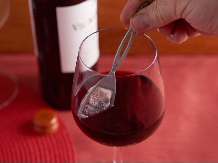 The Wand™ Wine Purifier by PureWine - 3