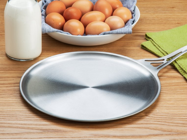 Stainless Steel Flat Skillet by nöni by SOLIDTEKNICS - 1