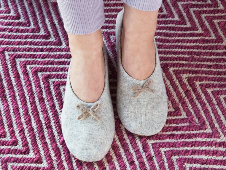 Cashmere Slippers by Quinn Apparel Inc. - 2