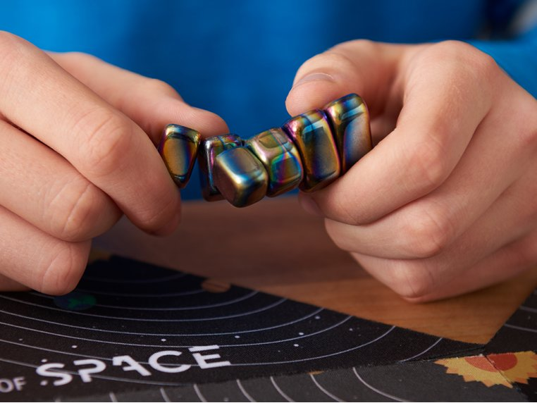 Magnet Strategy Game by The Game of SPACE - 2