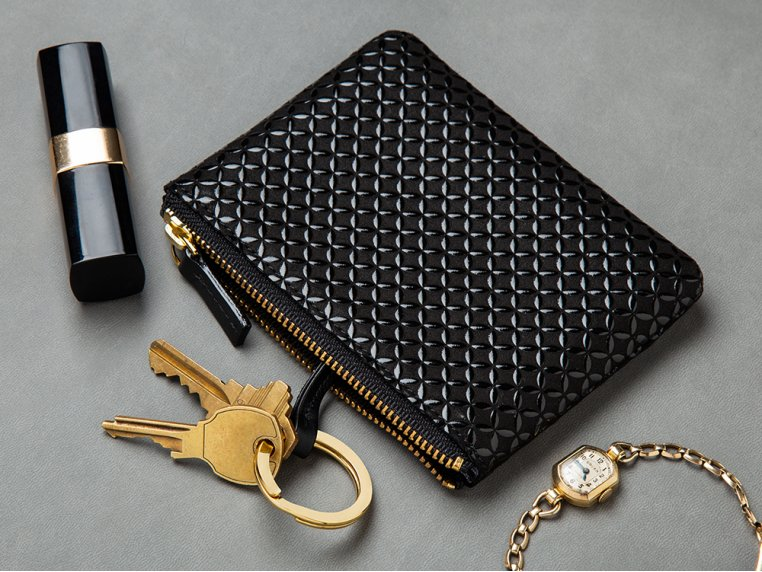 Lacquer-Embossed Leather Key Case - Black