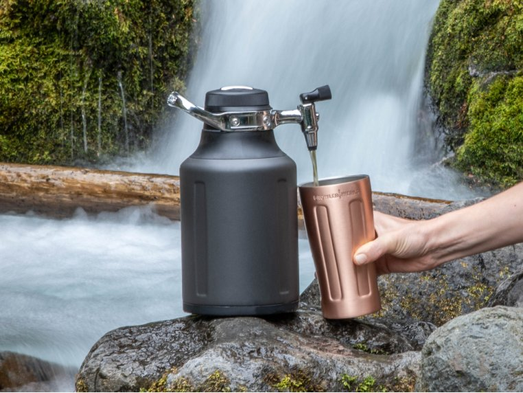 Portable Pressurized Growler by GrowlerWerks - 2