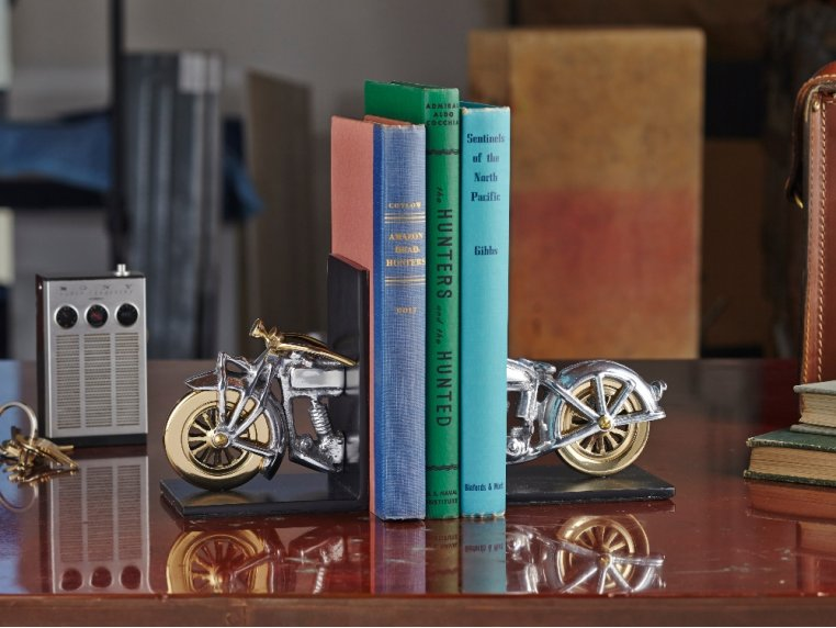 Nostalgic Charm Bookends by Pendulux - 1