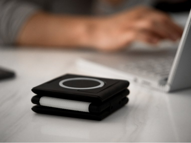 Unravel AW+ 3-Panel Wireless Charging Pad by Ampere - 4