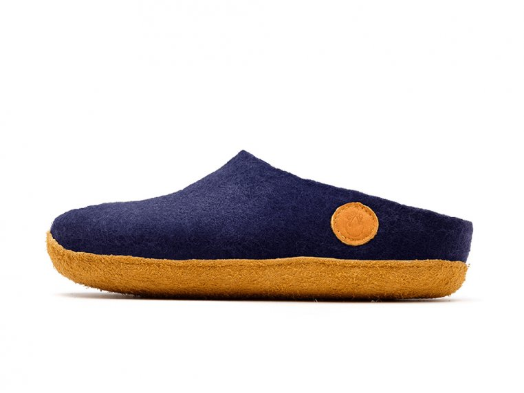 Women's Wool Felt Slippers by NAUSENI - 5
