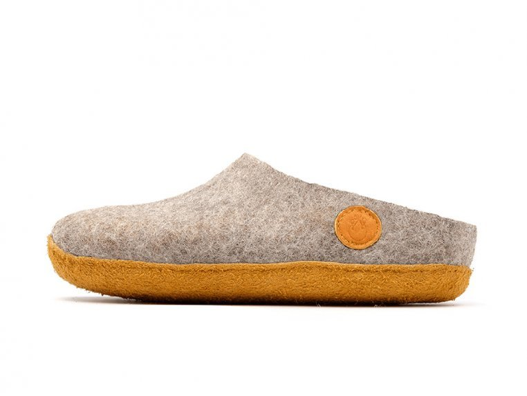 Women's Wool Felt Slippers by NAUSENI - 6