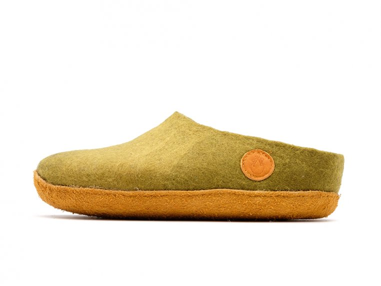 Women's Wool Felt Slippers by NAUSENI - 8