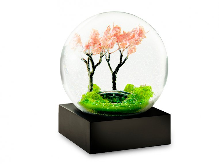 Modern Snow Globe by CoolSnowGlobes - 15