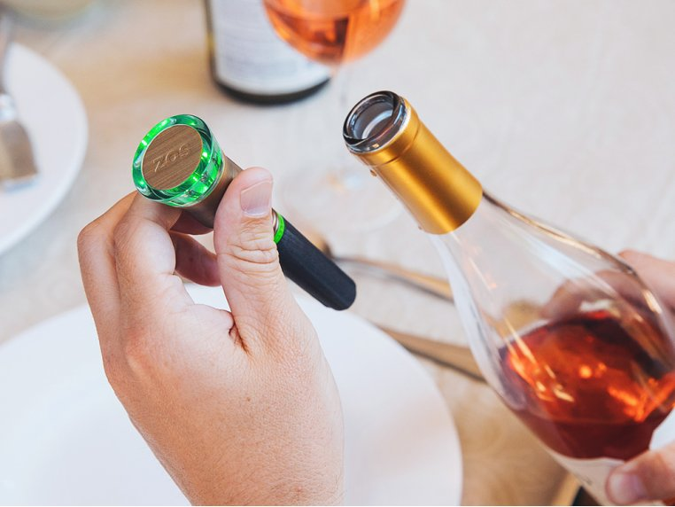 Oxygen-Absorbing Wine Preserver by ZOS - 1