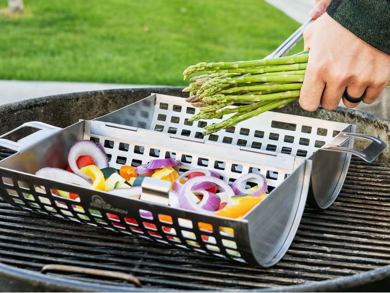Stainless Steel Rolling Grill Basket by BBQ Dragon - 2