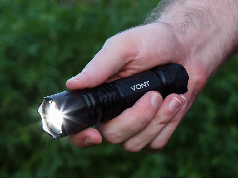 Compact XOR Flashlight by Vont - 1