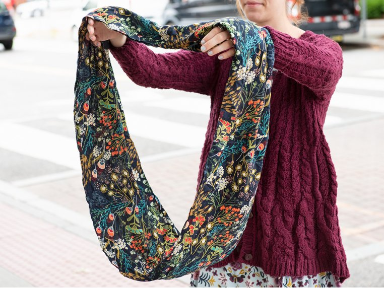 Infinity Pocket Scarf by Speakeasy Travel Supply - 2