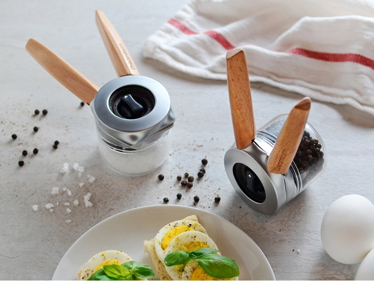 One-Handed Spice & Pepper Grinder by Ortwo by Dreamfarm - 1