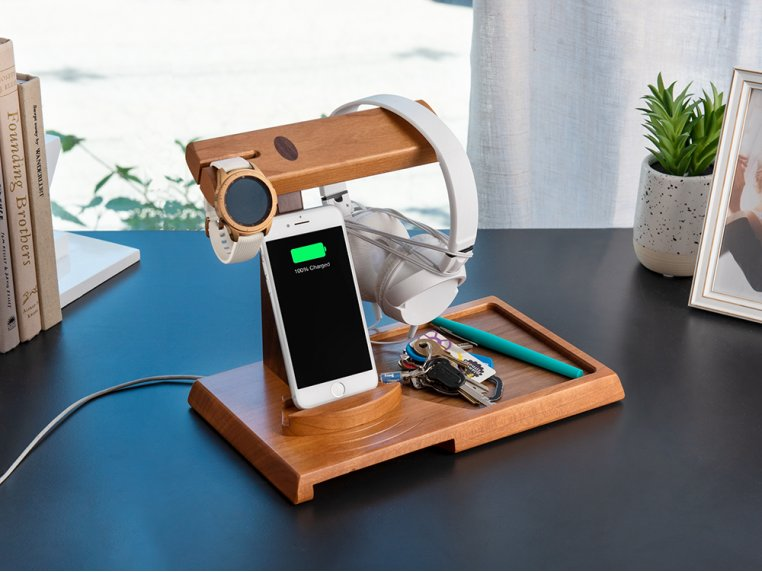 Wooden Valet Charging Station by ThomasWork - 2