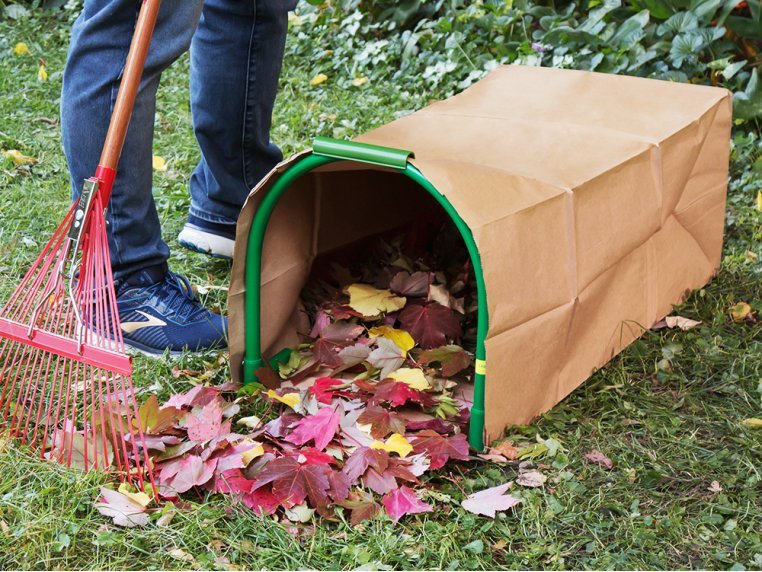 Lawn Bag Holder with Stakes by Leaf Gulp - 1