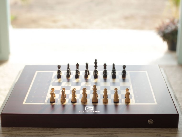 Automated Electronic Chess Board by Square Off - 3