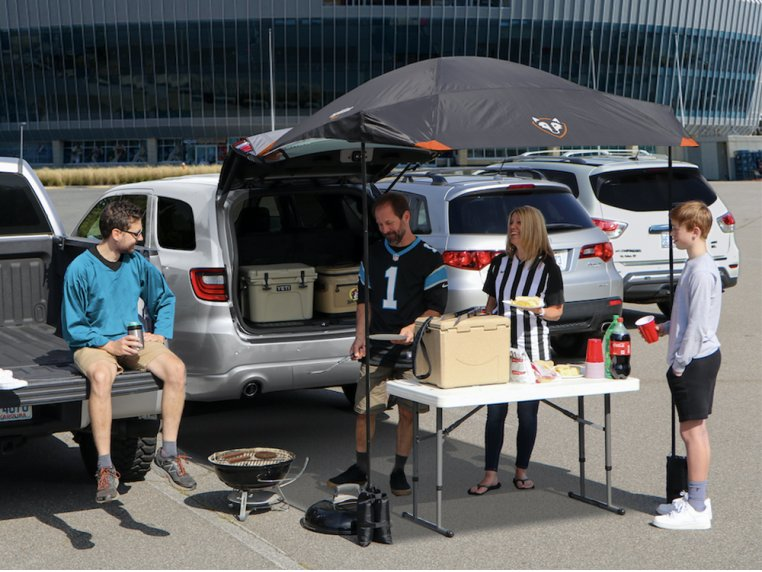 SUV Tailgating Canopy Tent by Rightline Gear - 2