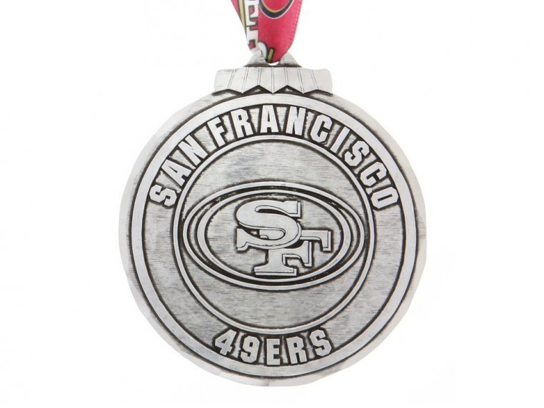 Aluminum NFL Ornament by Wendell August - 29