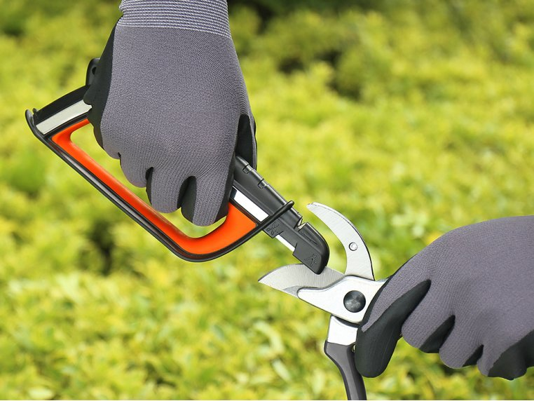 Multifunctional Blade Sharpener Tool by SHARPAL - 5