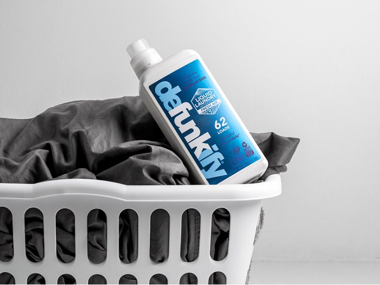 Plant-Based Laundry Detergent by Defunkify - 3