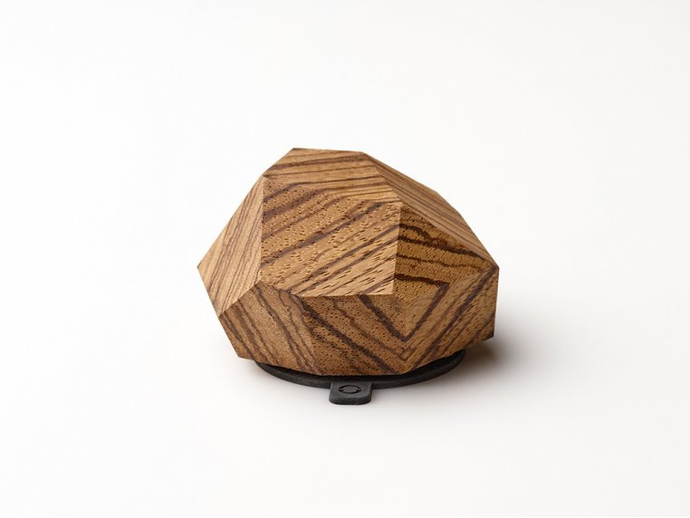 Wooden Wireless Charging Station by Halostands - 7