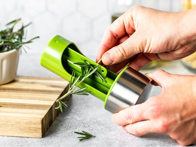 Herb Mill 2-in-1 by Microplane - 3
