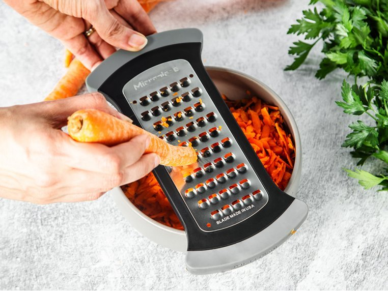 Bowl Grater & Premium Classic Zester by Microplane - 2