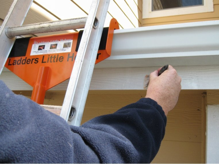 Rooftop Ladder Stabilizer & Standoff by Sargent Consumer Products - 1