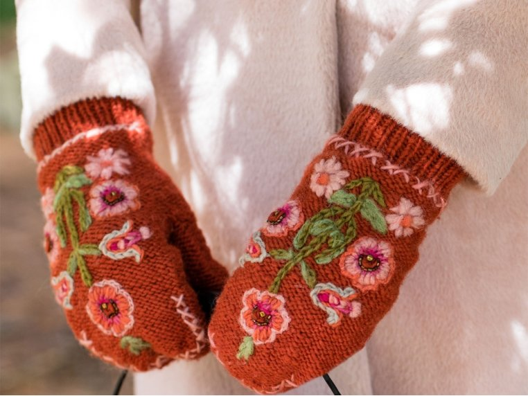 Hazel Mittens by French Knot - 1