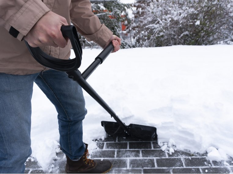 Ergonomic Back Saving Snow Shovel by NoBendz - 1