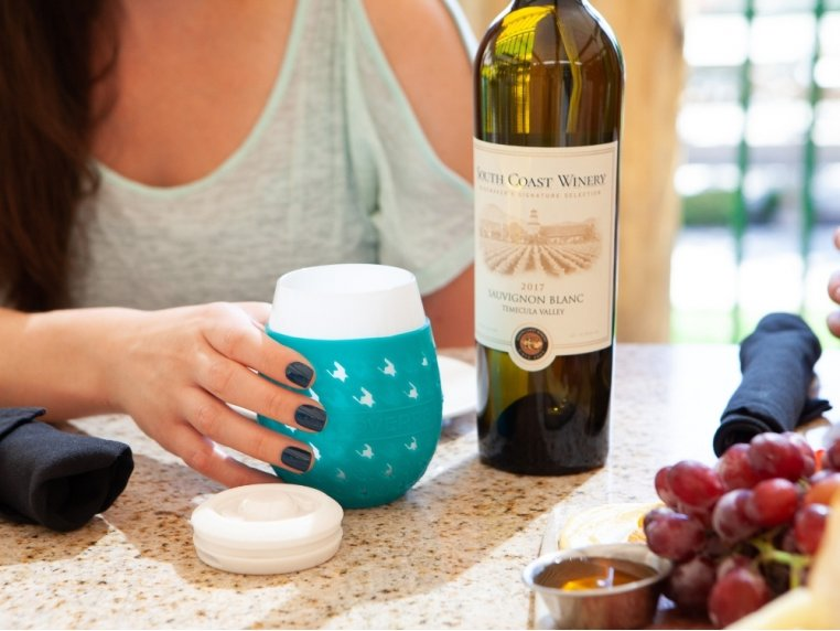 Colorful Chic Stemless Wine Glass Set by GOVERRE - 3